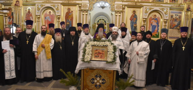 Отец Иоанн сослужил вечерню епископу Мефодию